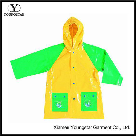 Childrens Raincoats Cheap PVC Waterproof Raincoat Children′s Wear with Hood